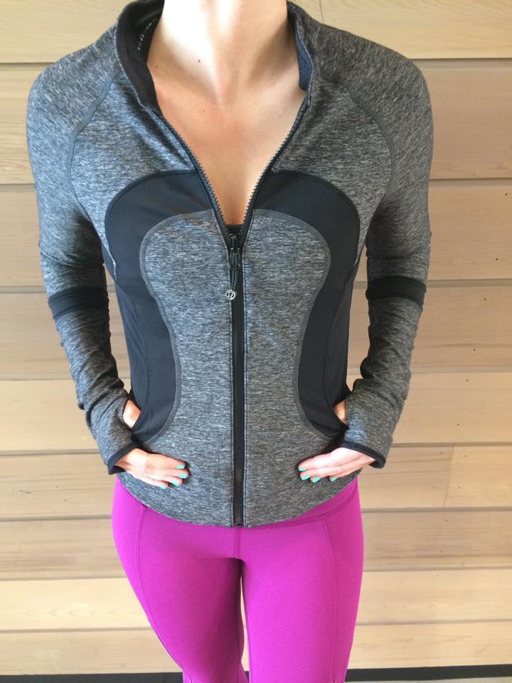 lululemon-find-your-bliss-jacket black
