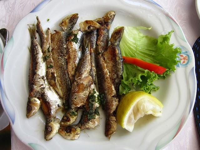 Street food cuisine du monde recette de sardines grill es pic es au barbecue ou la plancha - Sardine grillee au barbecue ...
