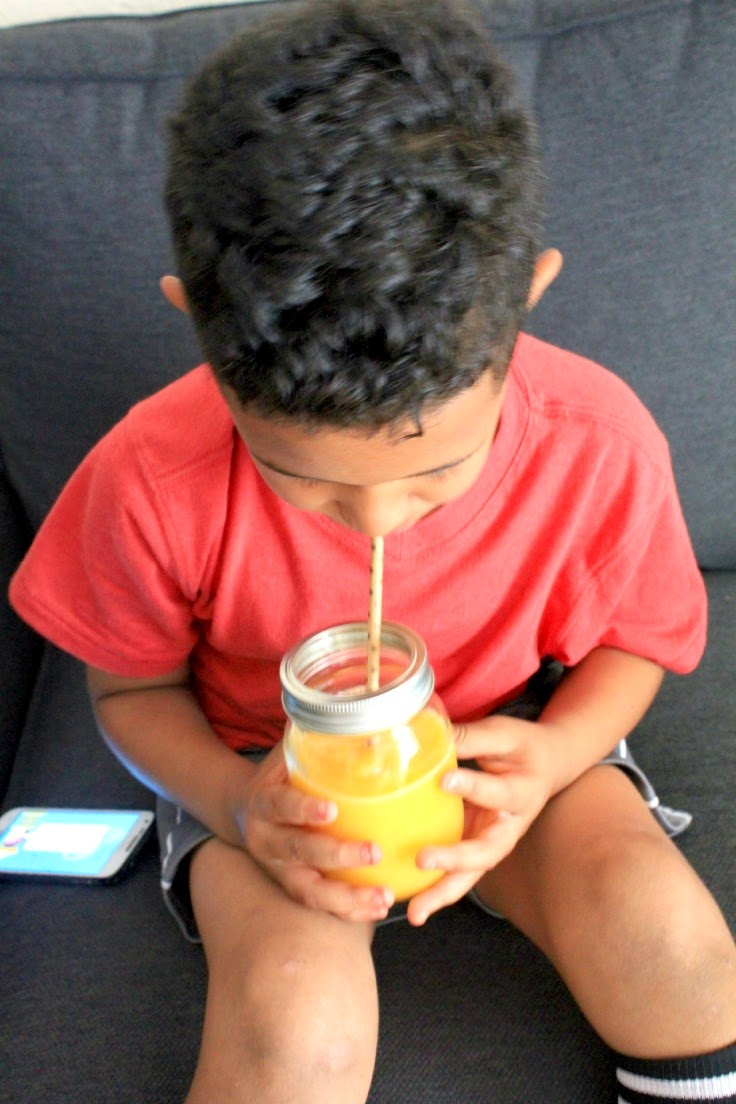 These kid-approved tropical fruit slushies are delicious and so easy to make! #KidsChoiceDrink #ad