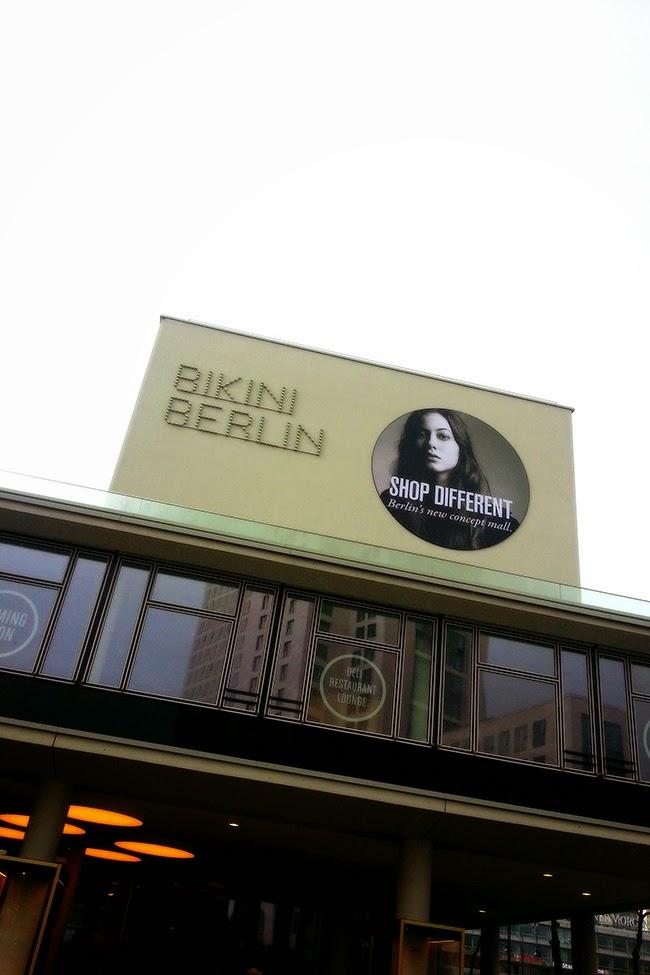 Bikini Berlin Mode 25Hours Hotel Café Art Design Box