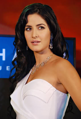 Katrina Kaif Nakshatra Diamond Jewellery Wallpapers