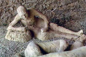 Pompei'nin taş kesilen insanları