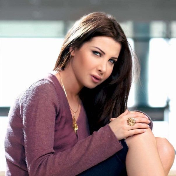 صور زوج الفنانه نانسي عجرم http://www.egy-download.com/2013/03/Photo-Nancy-Ajram-2013.html
