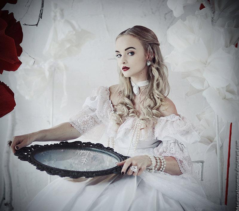 картинки белая королева из алисы в стране чудес
