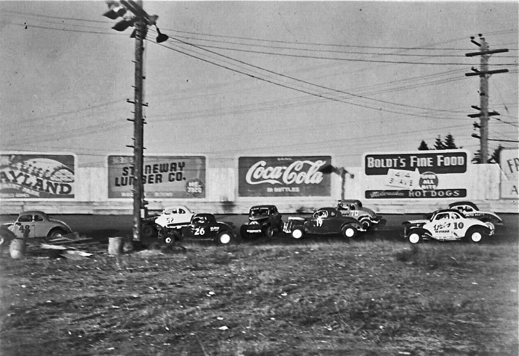 Northwest Auto Racing, 1950s: Action At Aurora Speedway
