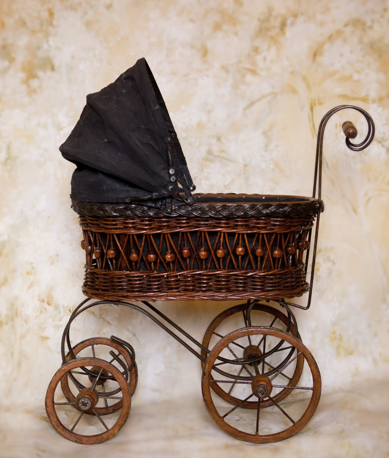 Vintage Doll Buggy 48