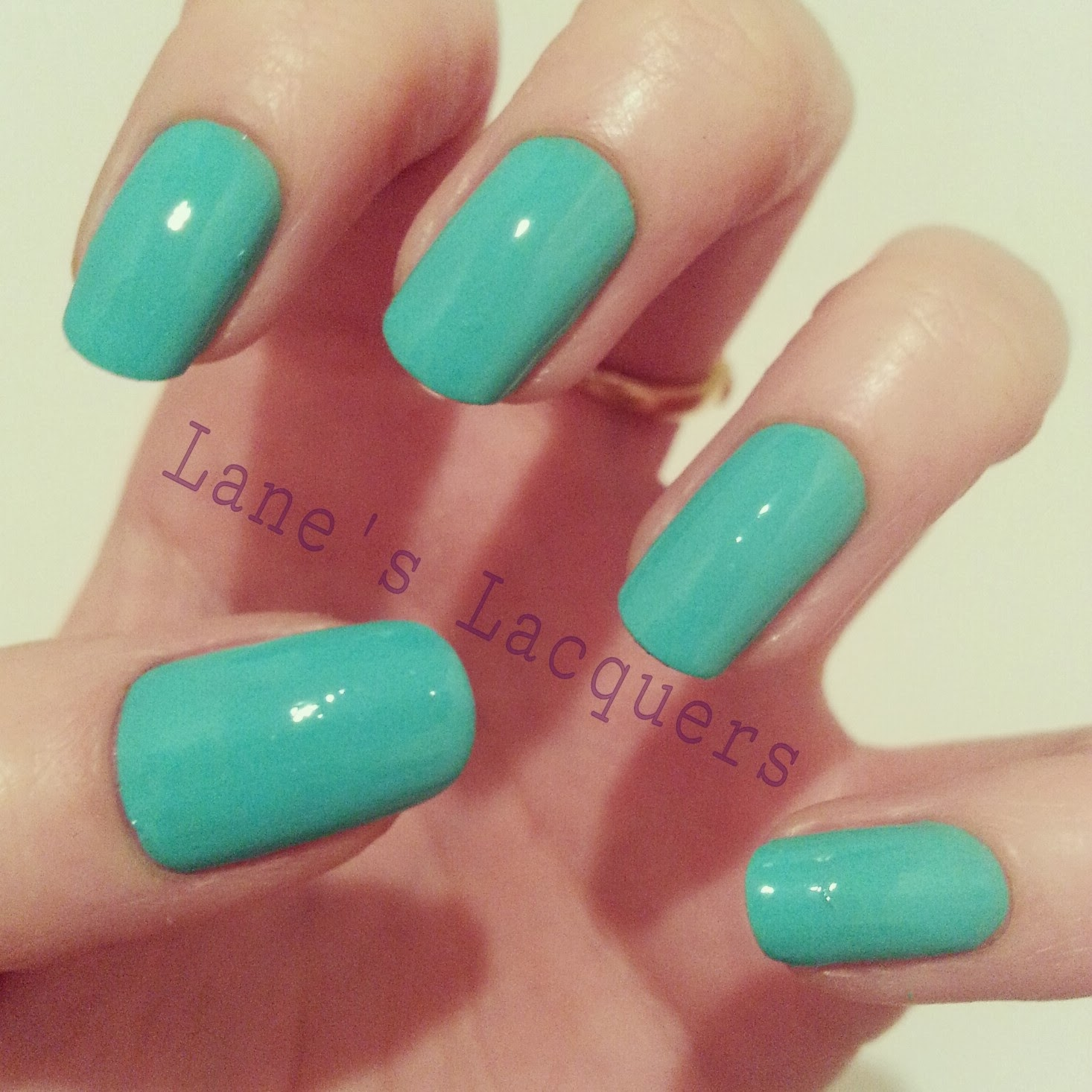 models-own-hypergels-turquoise-glint-manicure