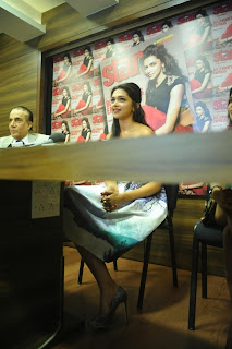 Actress Deepika Padukone Latest Pictures at Starweek Magazine Diwali Special Edition Launch 0021.jpg