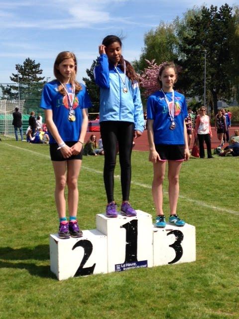 myléne 3em en longueur,3em au 100m,2em au triple sauts