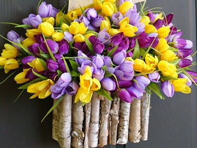 http://www.loveitsomuch.com/stores/spring-wreath-tulips-wreath-purple-lavender-yellow-1395158236,667169.html/full