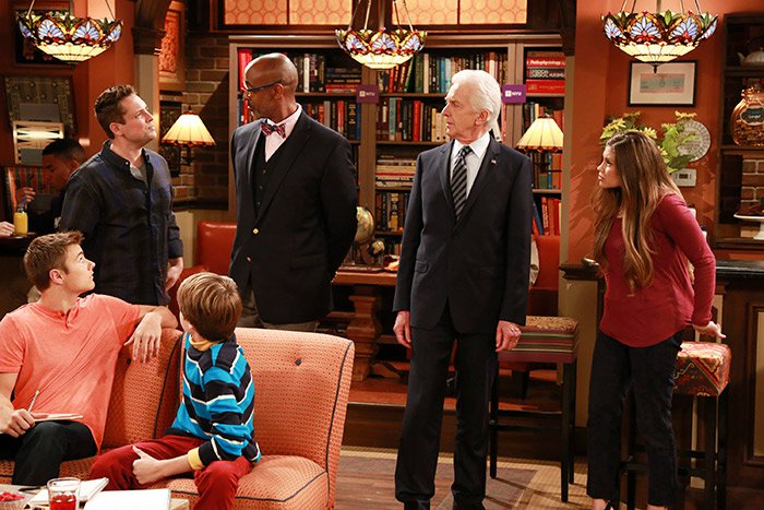 Girl Meets World - Girl Meets Mr. Squirrels Goes to Washington - Review