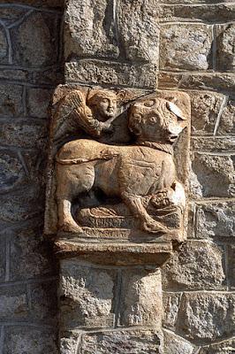 Le taureau de la légende de Saint-Aventin