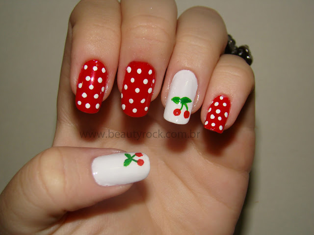 Unhas nail art pin-up ou rockabilly