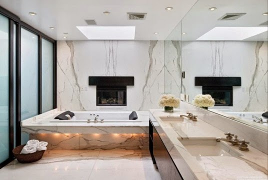 Beautiful White Bathrooms