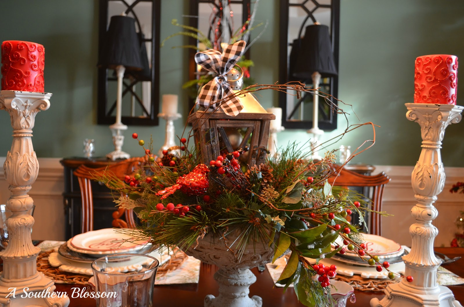 southern blossom woodland christmas tablescape