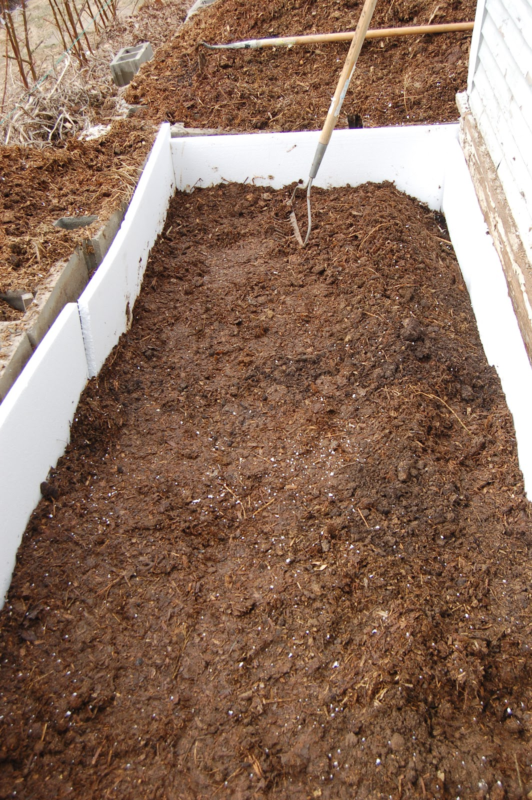 midwestern garden hotbed insulation and horse manure