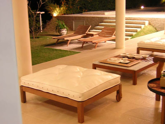 Sobrado Aldeia do Vale Goiânia a venda com 4 suites e piscina