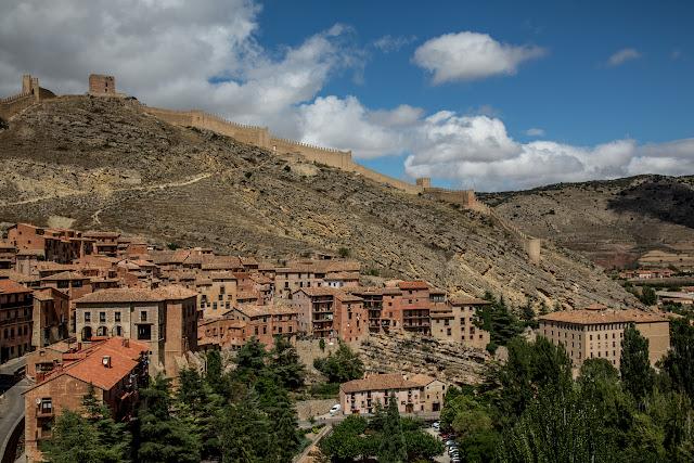 Albarracín :: Canon EOS5D MkIII | ISO100 | Canon 24-105 @35mm | f/7.1 | 1/640s