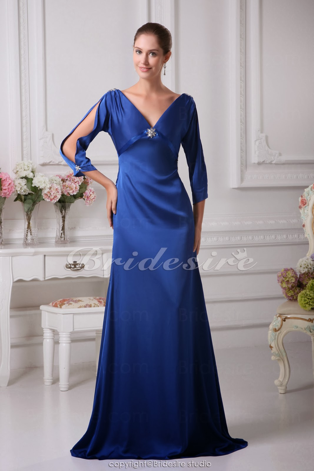 Makeup Styles For Prom With Blue Dress Royal Blue Prom Dress