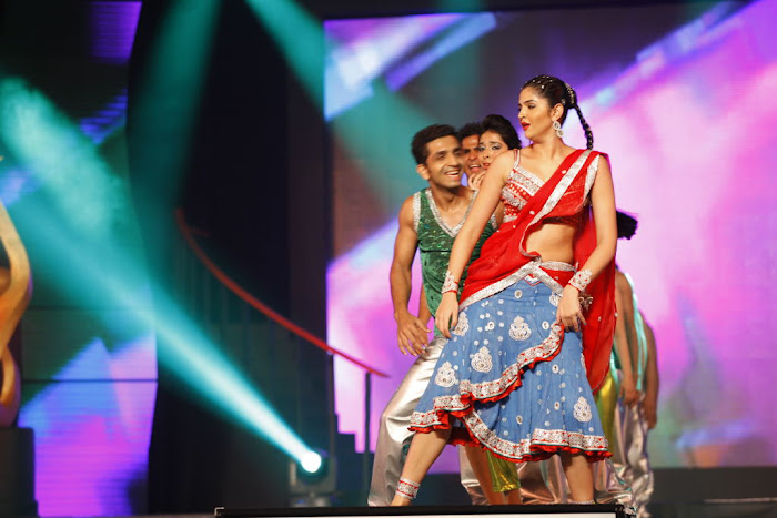 dancing at siima awards photo gallery