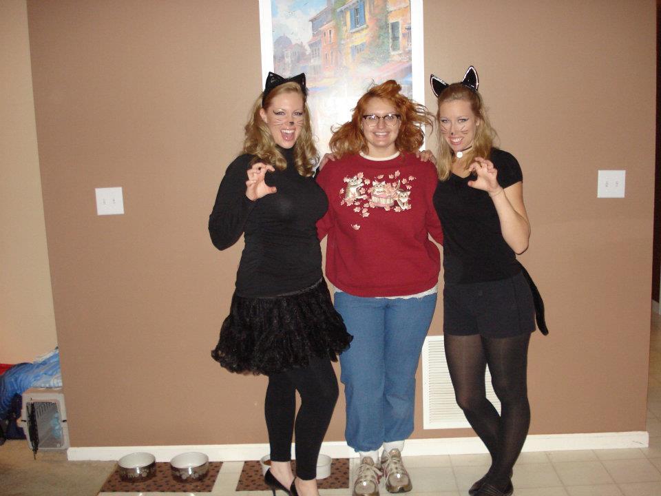 & In Kinseyu0027s Closet: Homemade Halloween: Crazy Cat Lady