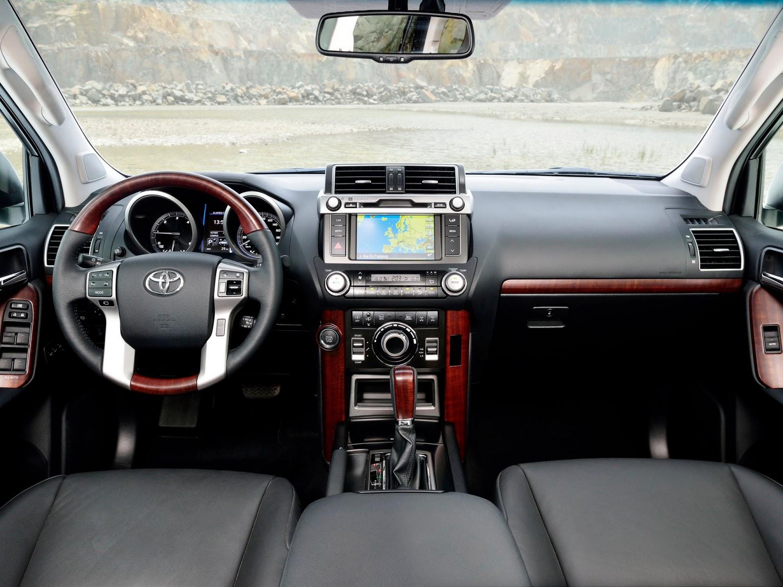 Conheça o Mundo dos Carros: Toyota Land Cruiser recebe facelift na