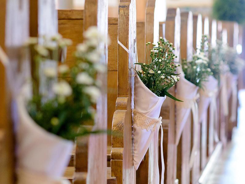 bažnyčios papuošimai vestuvėms