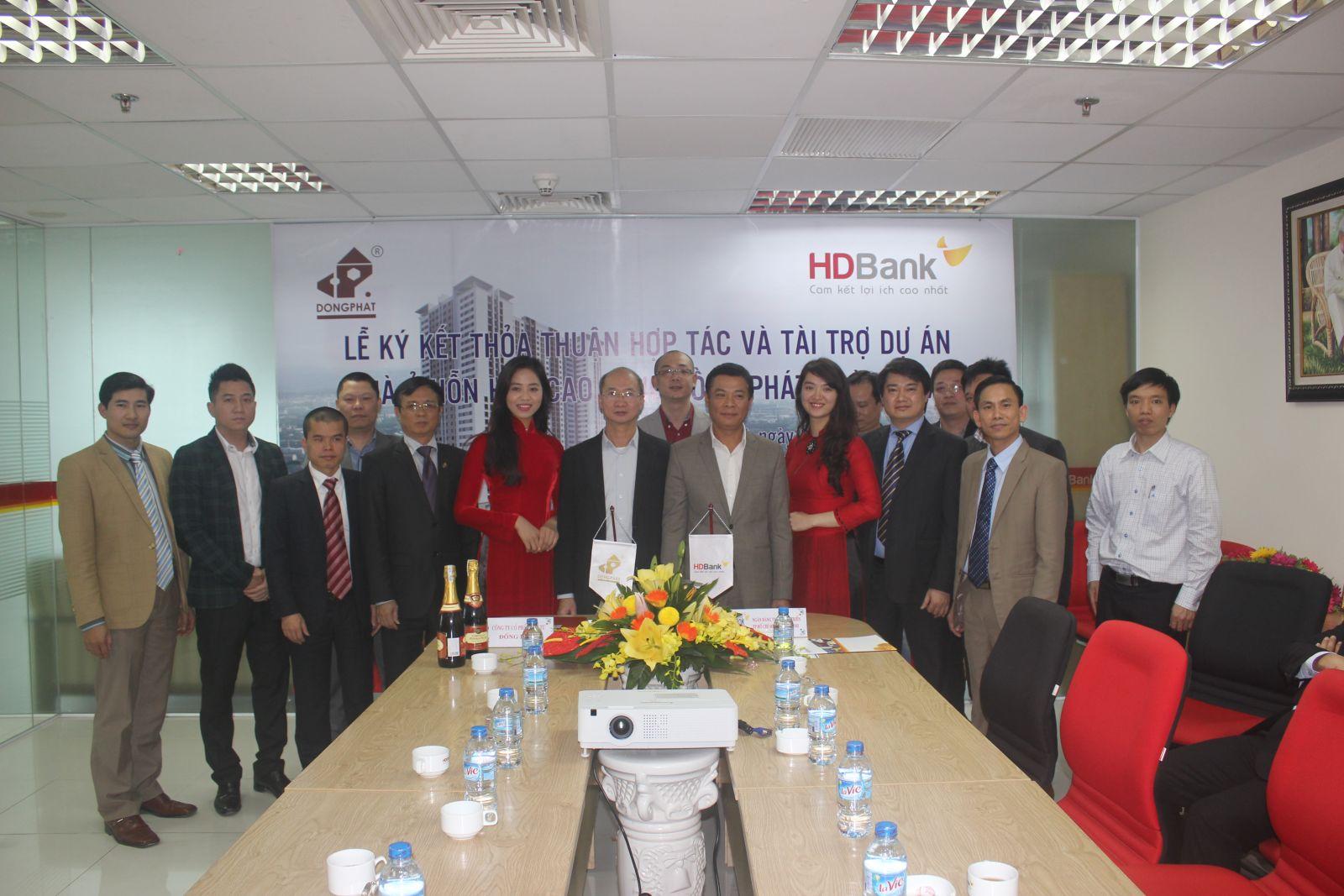 lễ kí kết với HD Bank