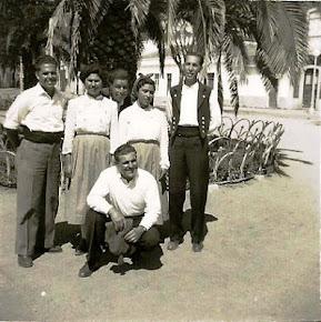 Pequeno grupo do folclóre de Azinhaga