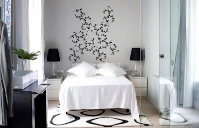 Dise o de dormitorios peque os en colores blanco y negro for Colores para dormitorios pequenos