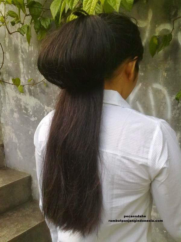 Foto Model Rambut Panjang Indonesia