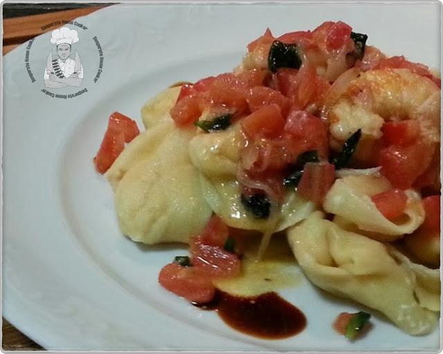 pansoti alla bisque con salsa gamberi e basilico