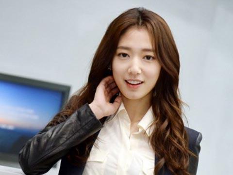 Park Shin Hye Long Hairstyle Brown hair color in Pinocchio Korean Drama