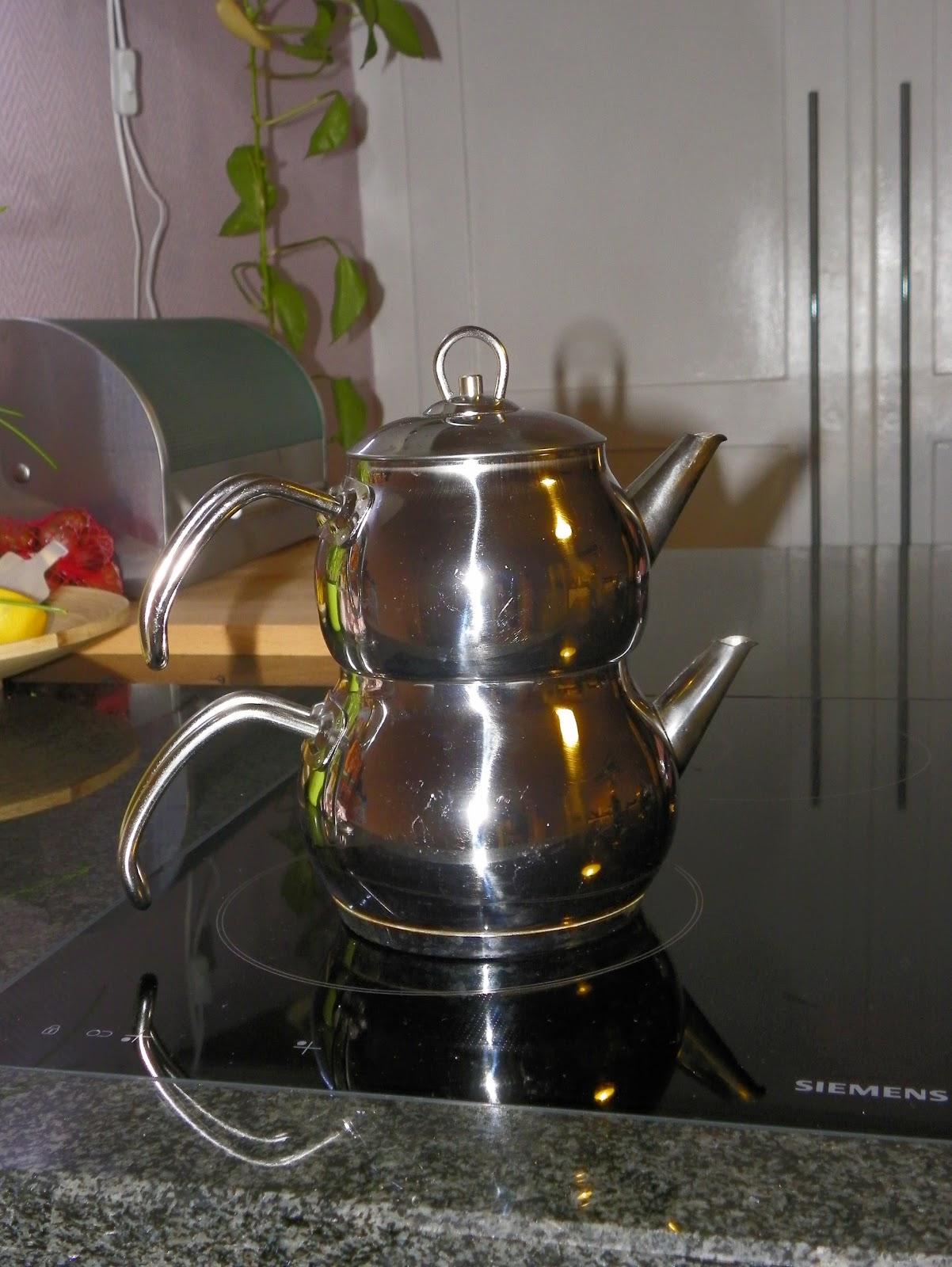 Teezubereitung im Caydanlik › tee-fokus