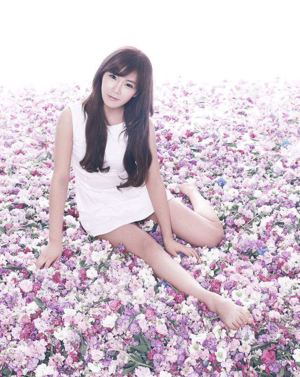 Hyun Young Rainbow Wallpapers Hq Kpop Wallpapers