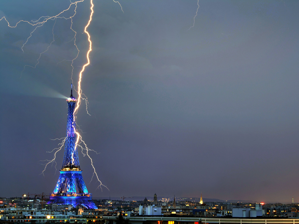World Of Architecture Lightning Strikes In The Cities