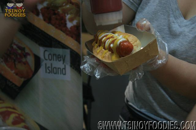 schmidts gourmet hotdog