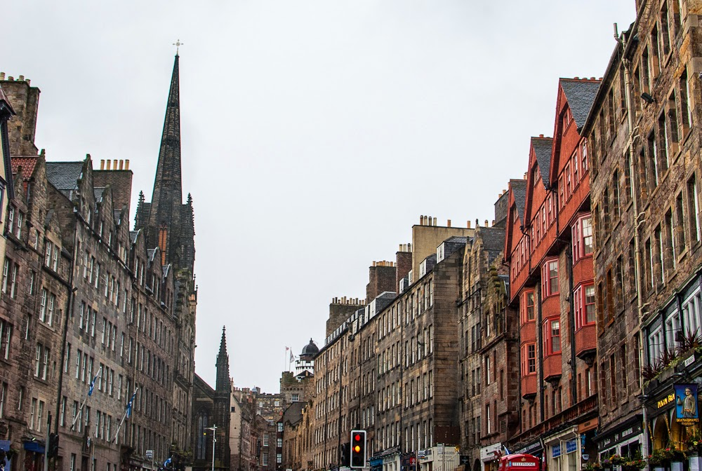 Edinburgh city old town architectrue