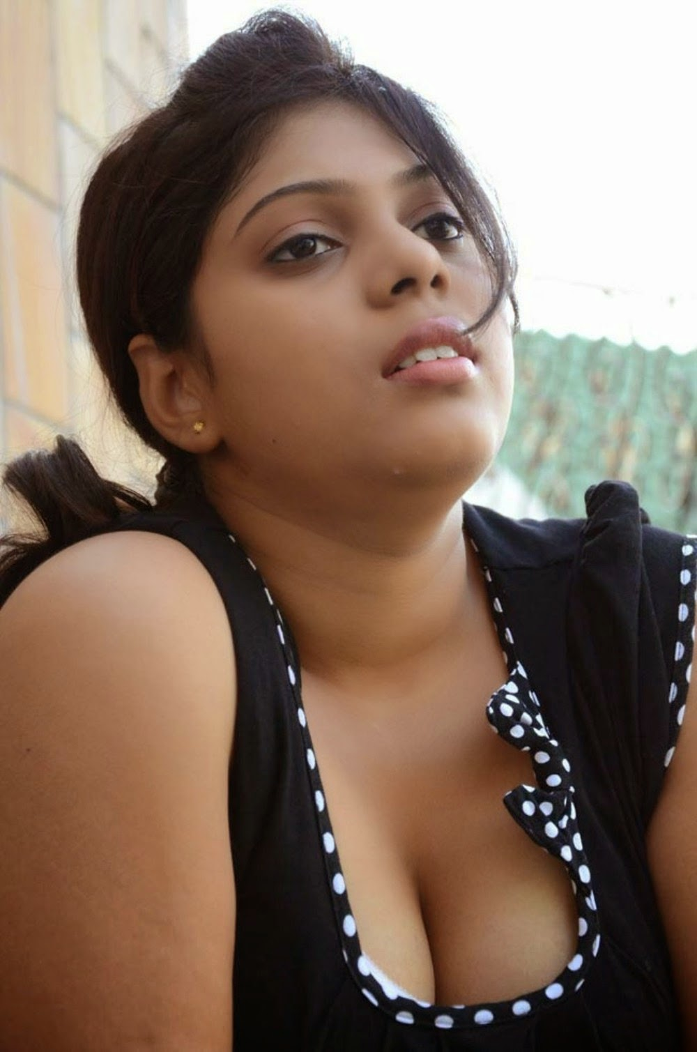Big eyes latina cock