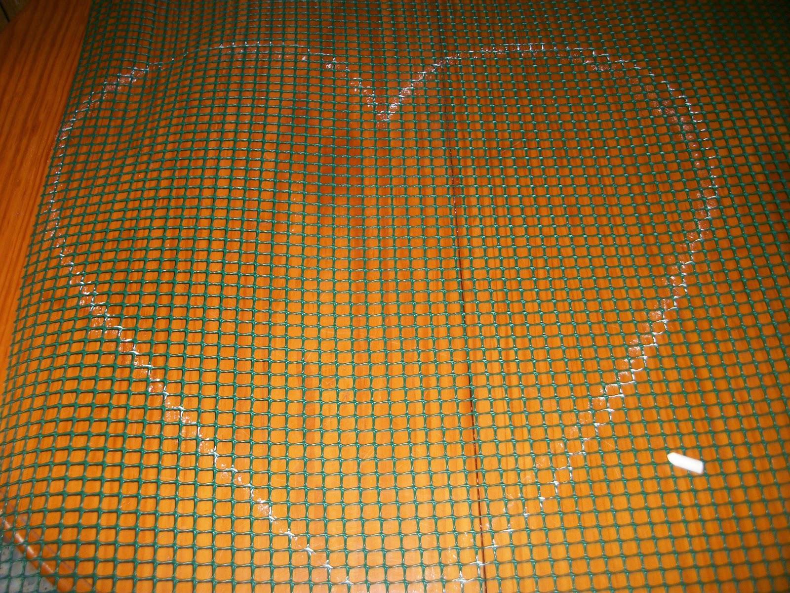 Las creaciones de Victoria. Tutorial. Trapillo.Alfombra de trapillo en forma de corazón.