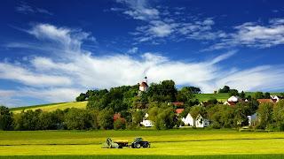 Tractor aldea & país