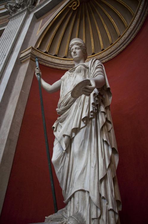 Estátua de Hera