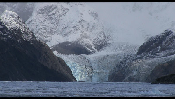 pearl button darwin iceberg patricio guzman