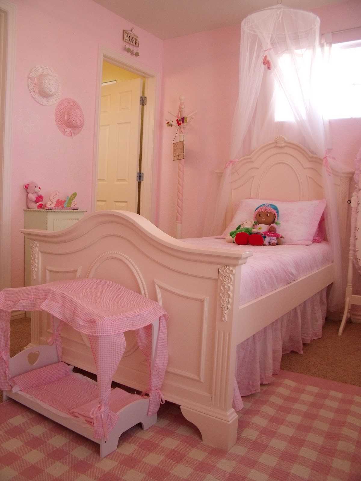 Walking In Grace Time Is Flying And The Girls Room Is Done