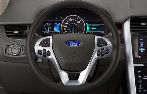 Ford Edge - Quadro de instrumentos configurável com duas telas de LCD´s de 4.2 polegadas