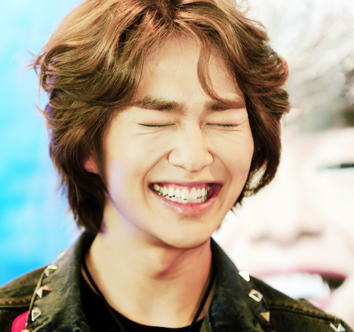 SHINee Onew big grin