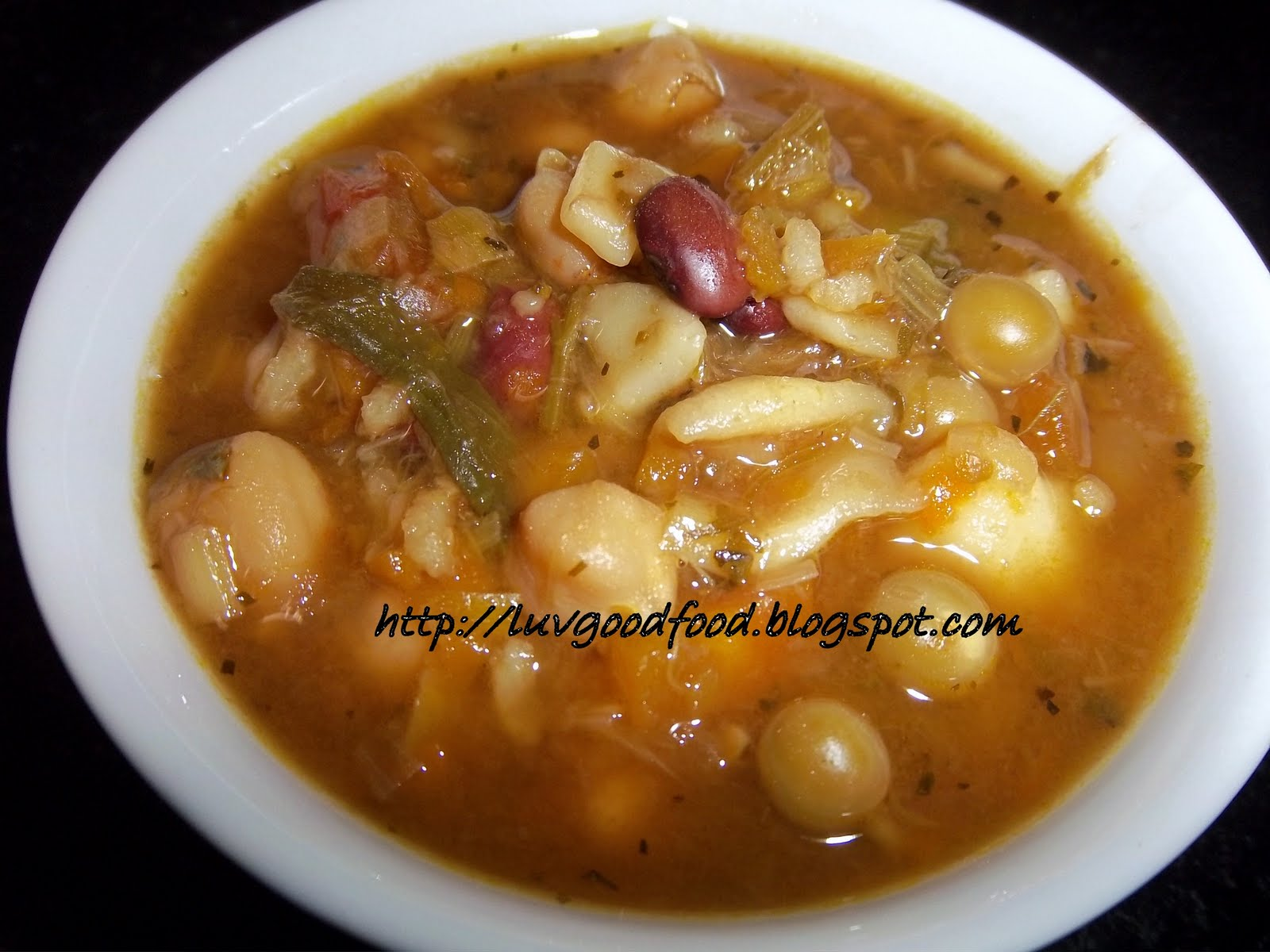 My experiments with food: Minestrone soup