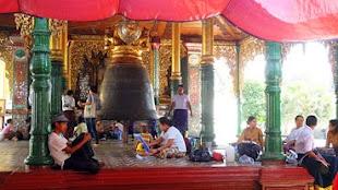 The 42-ton Maha Tissada Pagoda Bell