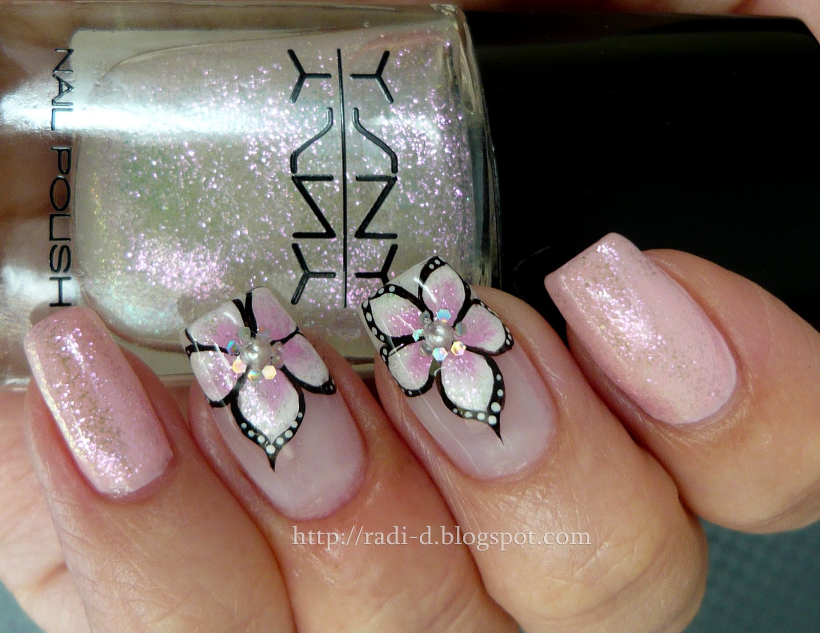 It`s all about nails: Pink Flowers- a collaboration post