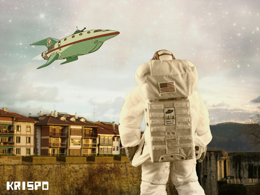 astronauta en hondarribia con nave espacial